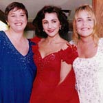 PIC OF PAULINE, LINDA and LESLEY GARRETT